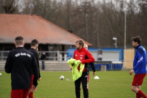 VfL Chef-Coach Rene Behring